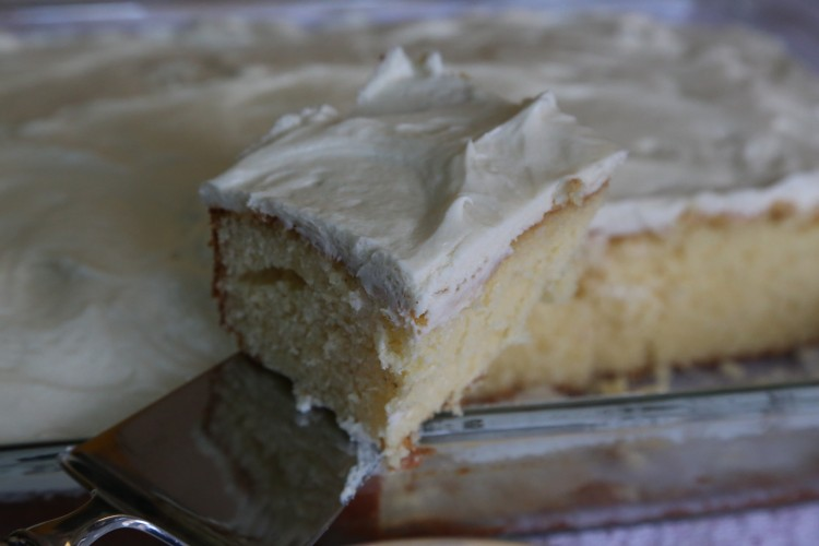 Grandmother's Old Fashioned Hot Milk Cake